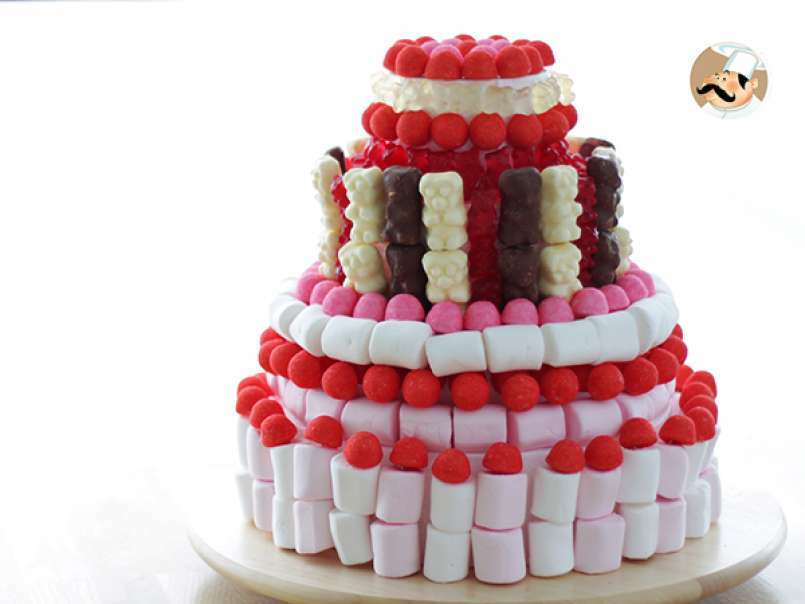 9 . Candy cake