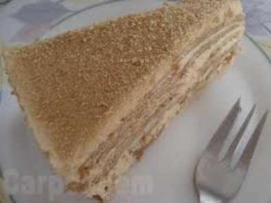 bolo de bolacha com leite condensado cozido