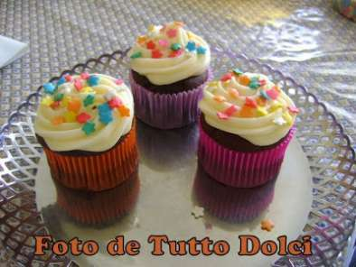 Cupcakes de chocolate com cobertura de cream cheese, Foto 3